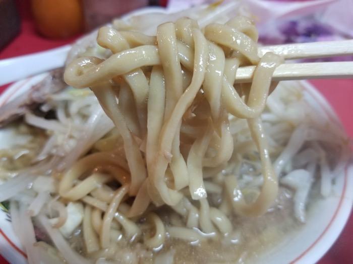 ラーメン麺徳の麺