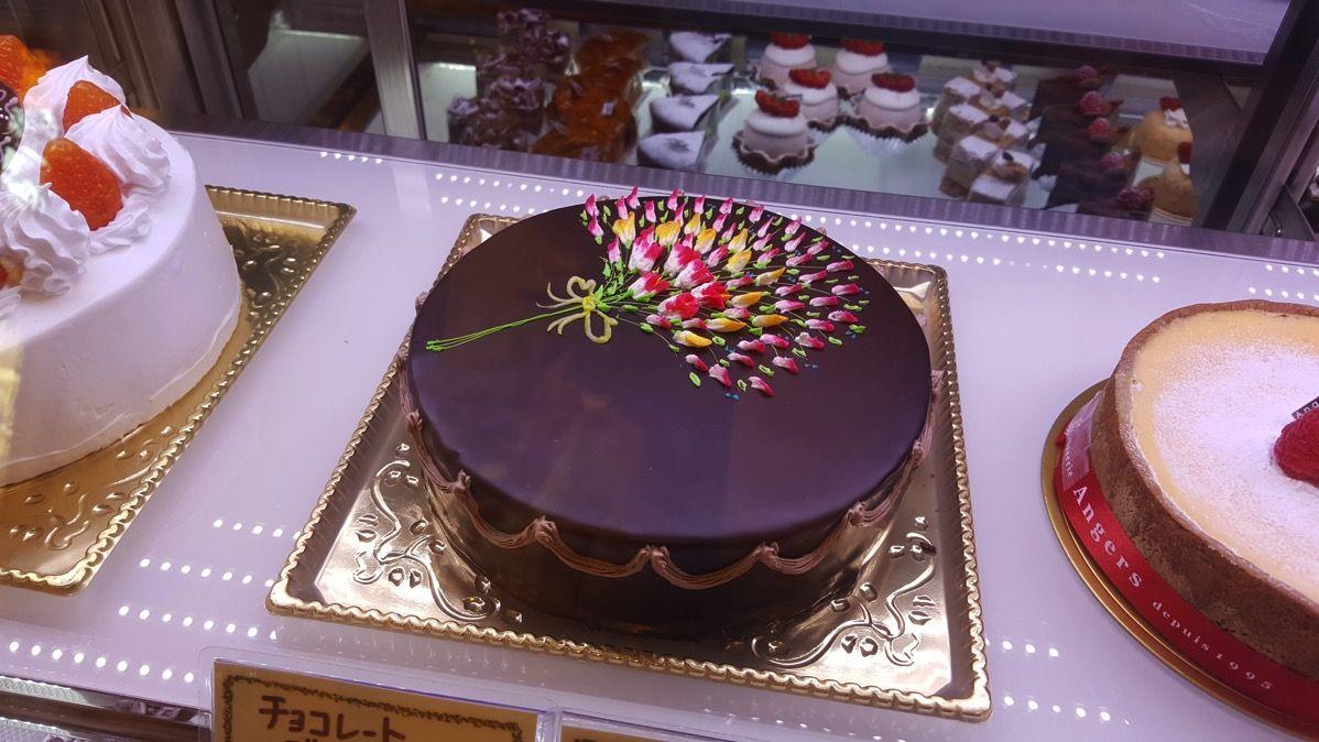 おしゃれなチョコレートケーキ