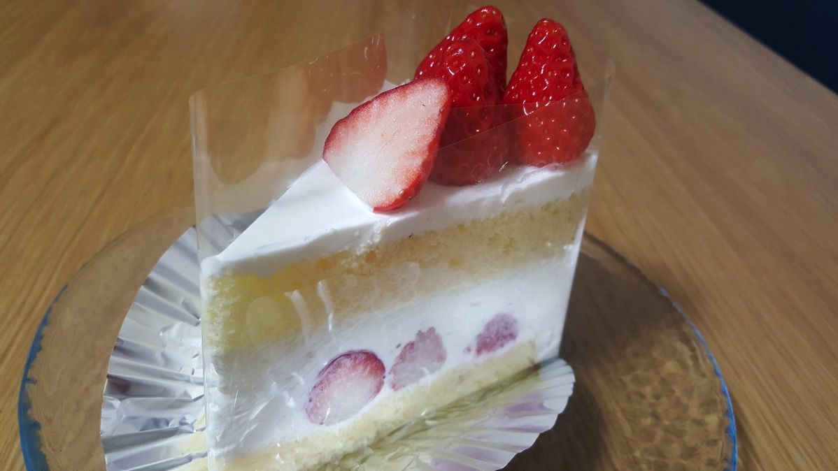 住吉 ダッキーダックのケーキ工場直売所
